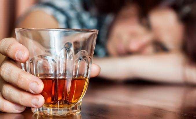 Редко кончает во время полового акта часто употребляет алкоголь